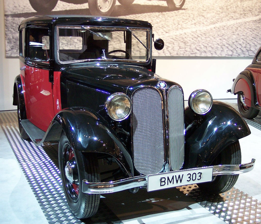 BMW_303_1933_bicolor_vr_TCE