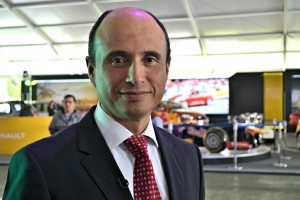 Raúl Vera, Director General de Subaru.