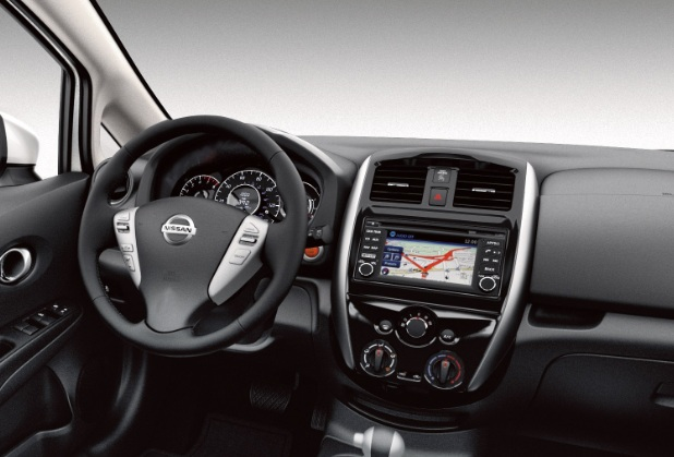 Nissan Note - Interior