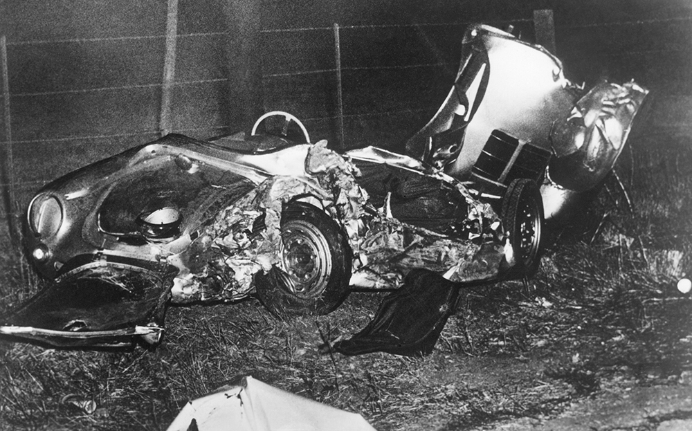 Evans, Jonhs, The Sunday Times Driving, NEWS: JAMES DEAN KILLED IN HIS PORSCHE SPYDER 59 YEARS AGO TODAY, 30 September 2014, http://www.driving.co.uk/news/news-james-dean-killed-in-his-porsche-spyder-59-years-ago-today/