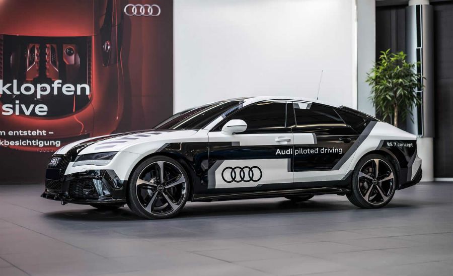 Spot Audi RS 7 Piloted Driving concept