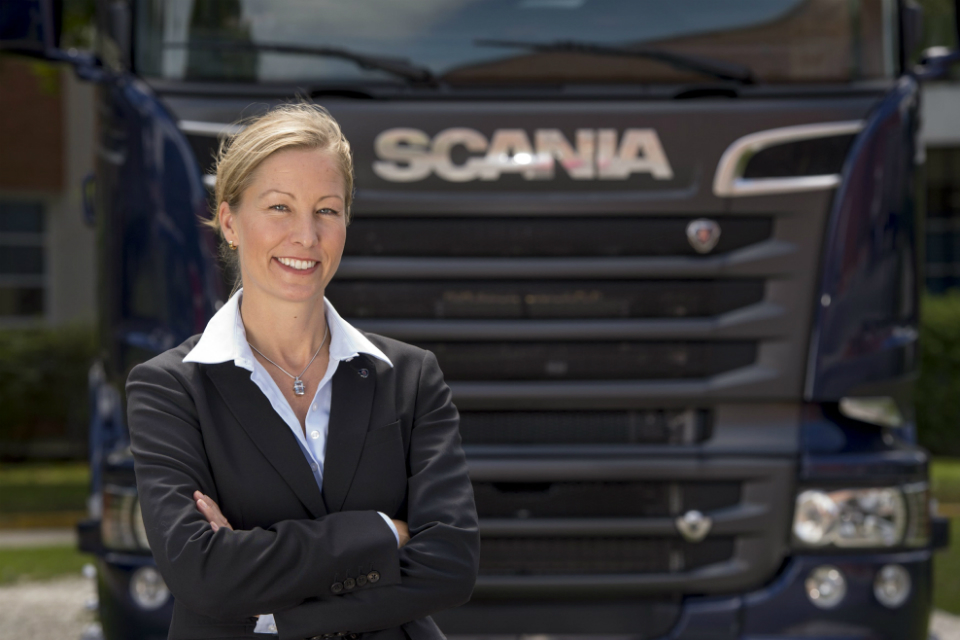Queen of the Road: Camilla Dewoon, Senior VP Sales Support & Development de Scania Commercial Operation