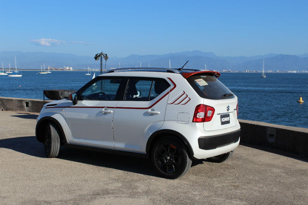 test suzuki ignis la nueva opci n para j venes motorbit. Black Bedroom Furniture Sets. Home Design Ideas