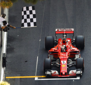 Por primera vez en seis años, Vettel ganó en las calles de Montecarlo.